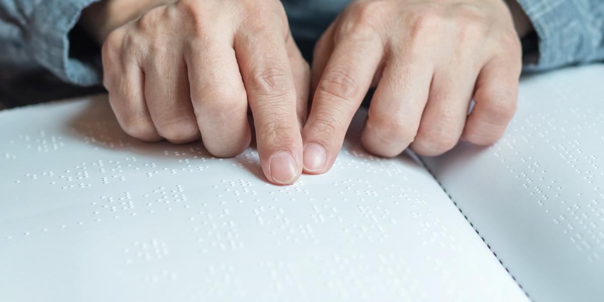 , Braille e Libras